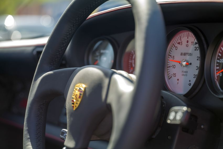 Meet Everrati's fully electric 964 Porsche 911 – 507 PS & 500 Nm, RWD, 0-100 km/h under 4 secs; fr RM1.46m Image #1300639