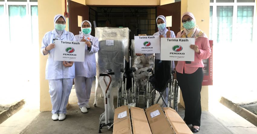 Perodua contributes RM80,000 in additional medical supplies and equipment to Hospital Sungai Buloh Image #1294975
