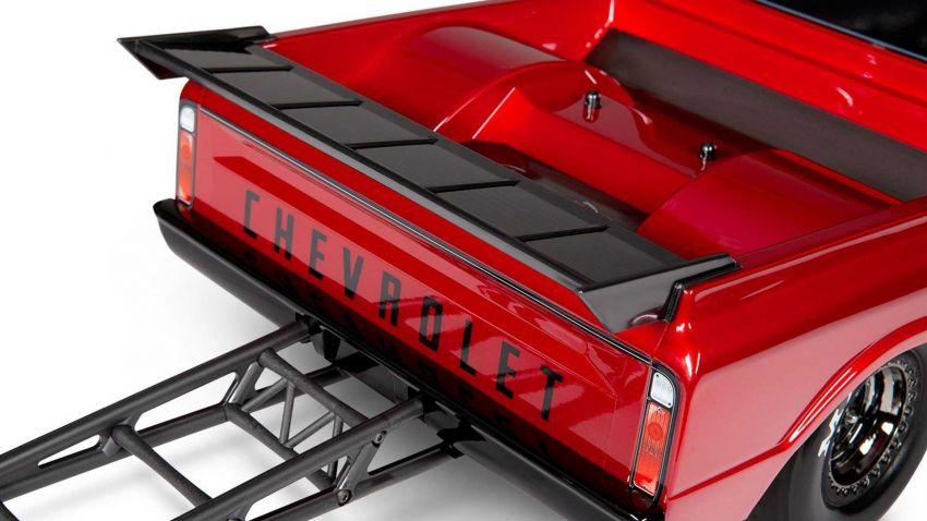 Traxxas Drag Slash Chevy Pickup – trak drag kawalan jauh realistik dengan tayar Mickey Thompson sebenar! Image #1299935