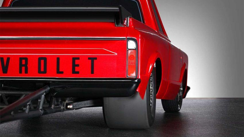 Traxxas Drag Slash Chevy Pickup – trak drag kawalan jauh realistik dengan tayar Mickey Thompson sebenar! Image #1299937