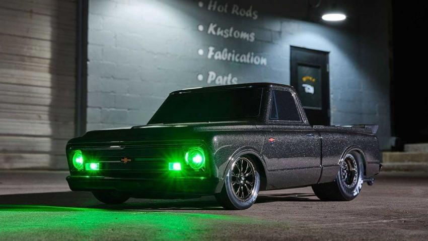 Traxxas Drag Slash Chevy Pickup – trak drag kawalan jauh realistik dengan tayar Mickey Thompson sebenar! Image #1299903
