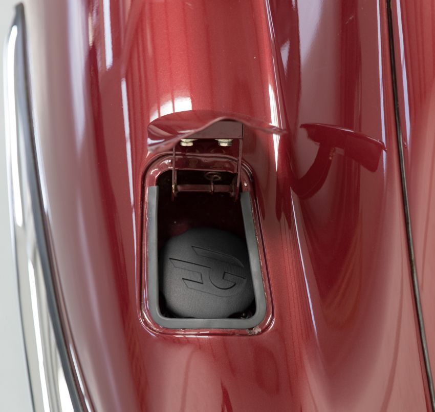 Jaguar E-type electric by Electrogenic: 408 PS, 600 Nm Image #1311675