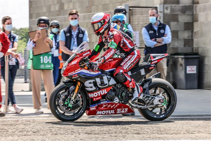 Suzuki wins Endurance 24 hour race at Le Mans Image #1307241