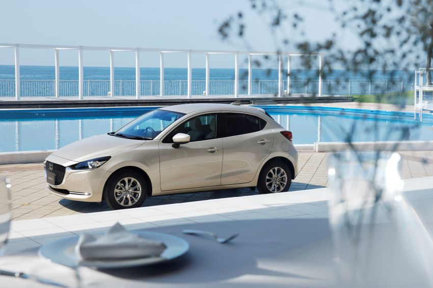 2021 Mazda 2 updated in Japan – high-compression engine, 360 cam, Qi charger, Sunlit Citrus special Image #1313359