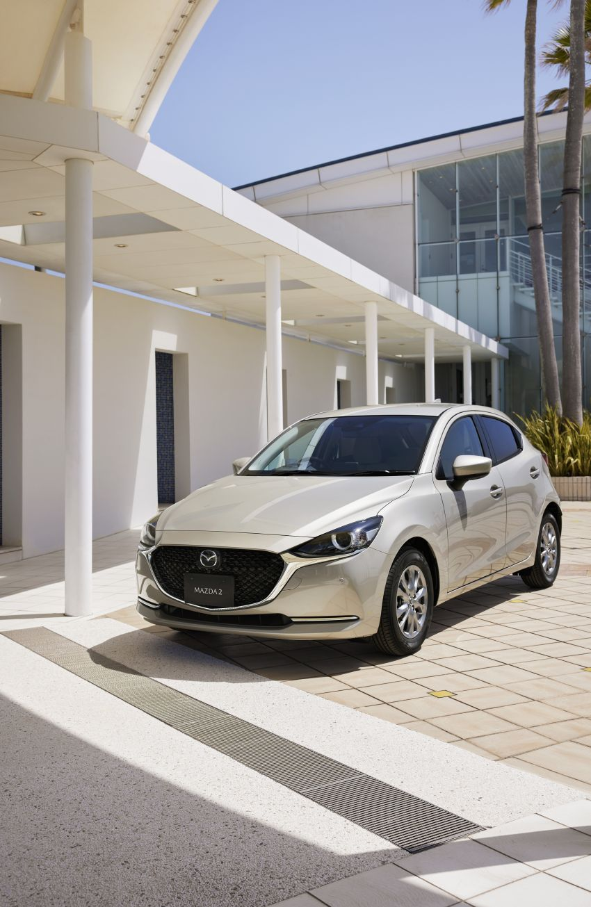 2021 Mazda 2 updated in Japan – high-compression engine, 360 cam, Qi charger, Sunlit Citrus special Image #1313360