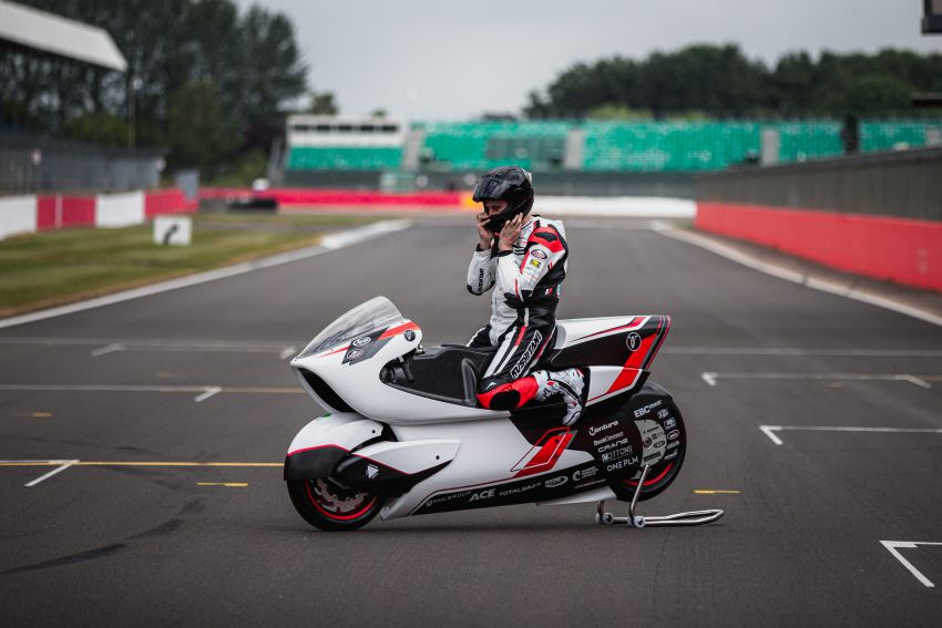 White Motorcycles aims for e-bike land speed record Image #1311406