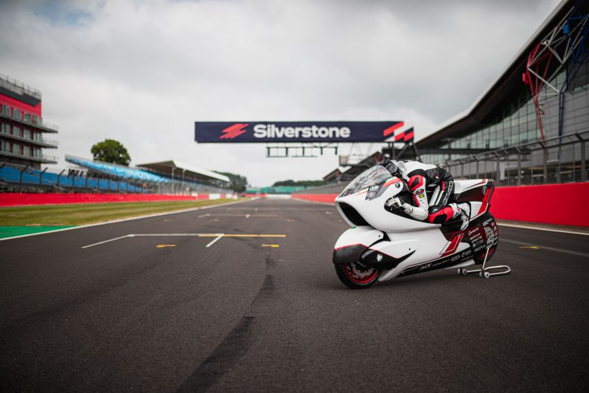 White Motorcycles aims for e-bike land speed record Image #1311409