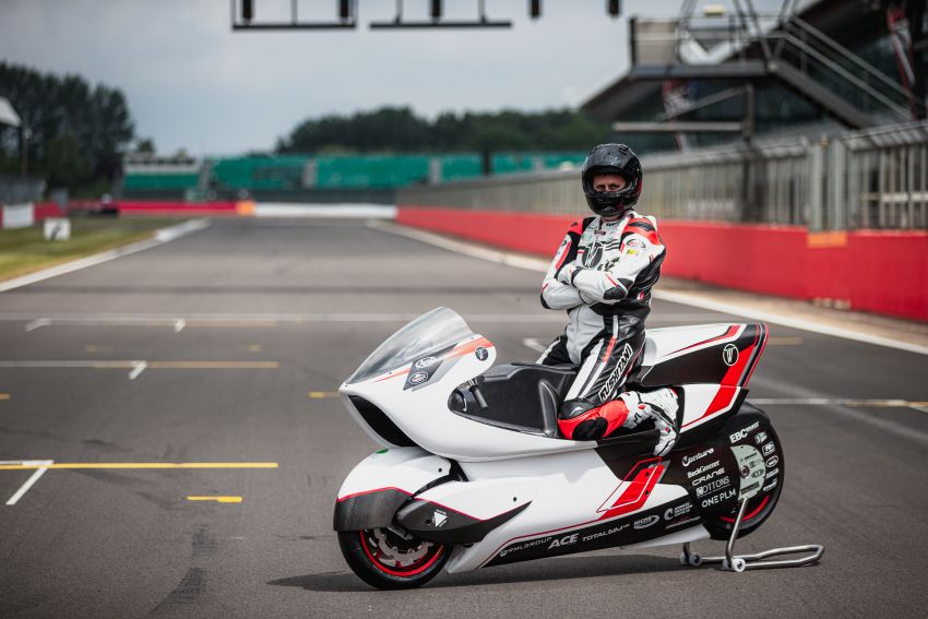 White Motorcycles aims for e-bike land speed record Image #1311399