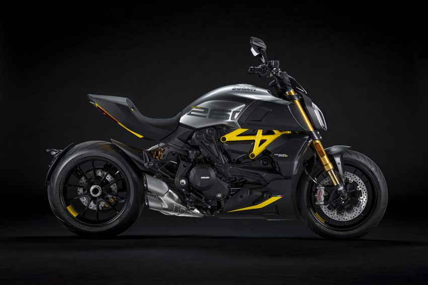 """2022 Ducati Diavel 1260 S """"Black and Steel"""" unveiled Image #1305349"""