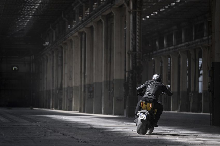 """2022 Ducati Diavel 1260 S """"Black and Steel"""" unveiled Image #1305342"""