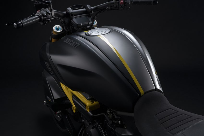 """2022 Ducati Diavel 1260 S """"Black and Steel"""" unveiled Image #1305374"""