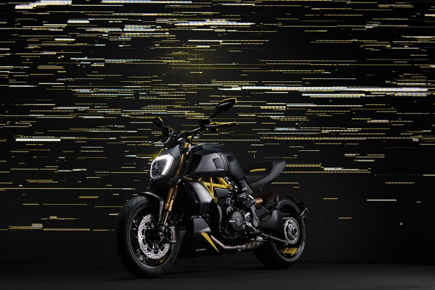 """2022 Ducati Diavel 1260 S """"Black and Steel"""" unveiled Image #1305346"""