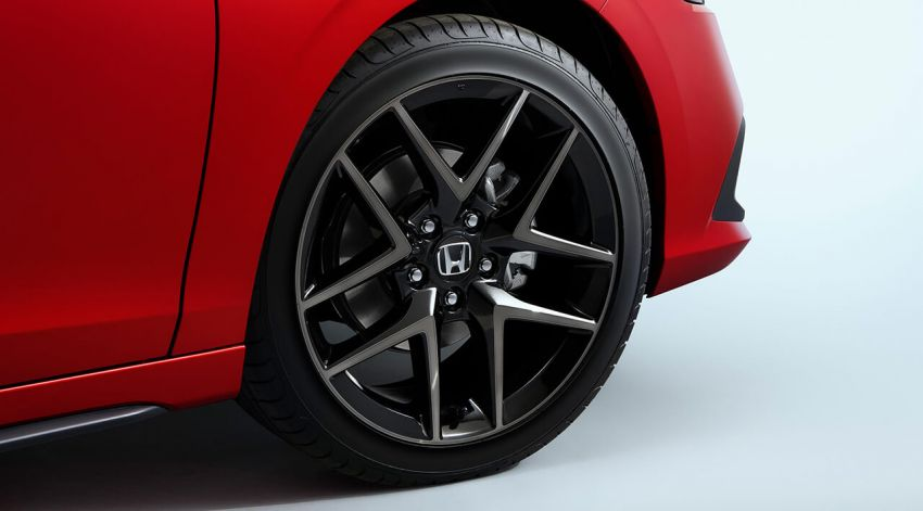 2022 Honda Civic Hatchback revealed with six-speed manual option; e:HEV hybrid and Type R coming 2022 Image #1311371