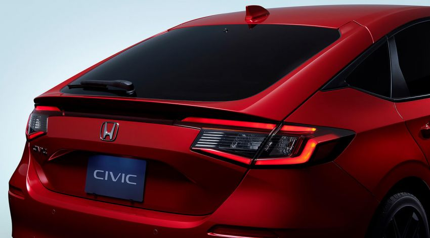 2022 Honda Civic Hatchback revealed with six-speed manual option; e:HEV hybrid and Type R coming 2022 Image #1311373