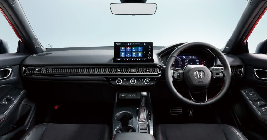 2022 Honda Civic Hatchback revealed with six-speed manual option; e:HEV hybrid and Type R coming 2022 Image #1311193