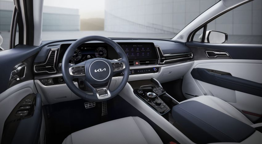 2022 Kia Sportage – fifth-gen SUV with Opposites United design philosophy, integrated curved display Image #1303696