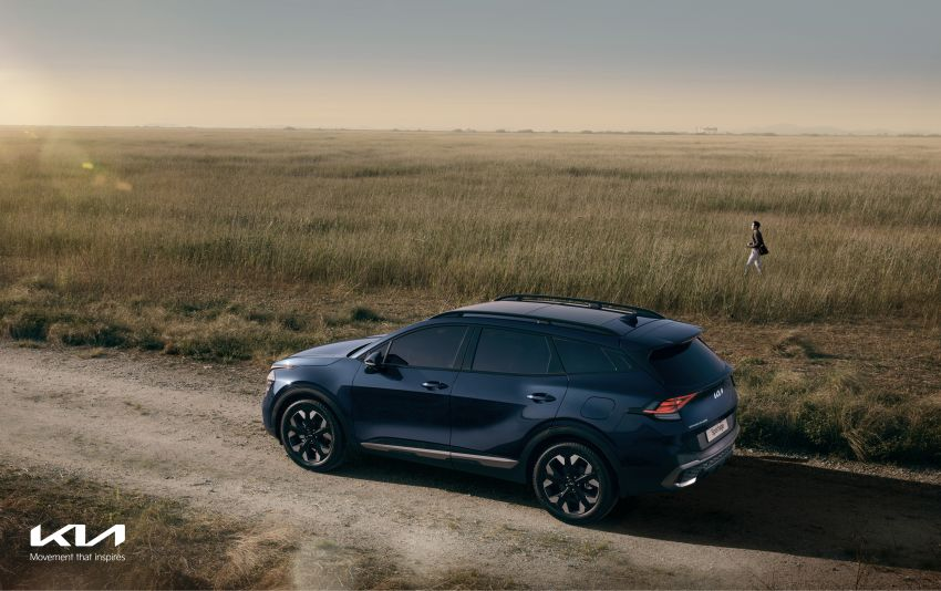 2022 Kia Sportage – fifth-gen SUV with Opposites United design philosophy, integrated curved display Image #1303698