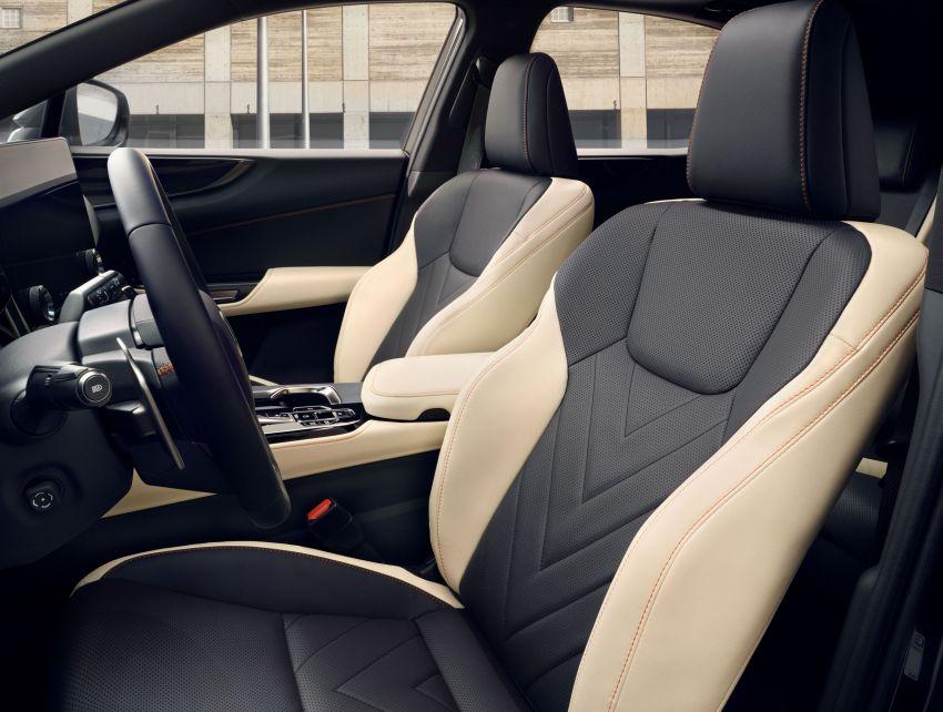 Lexus NX 2022 didedah – generasi kedua dirombak sepenuhnya, dapat enjin hibrid, PHEV dan 2.4 Turbo Image #1306873