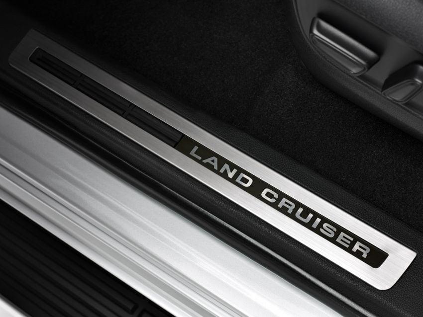 2022 Toyota Land Cruiser 300 Series – new GA-F platform saves 200 kg, V8 dropped for turbo V6 Image #1305481