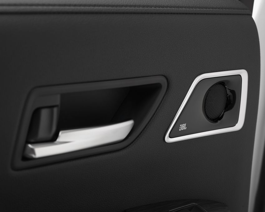 2022 Toyota Land Cruiser 300 Series – new GA-F platform saves 200 kg, V8 dropped for turbo V6 Image #1305483