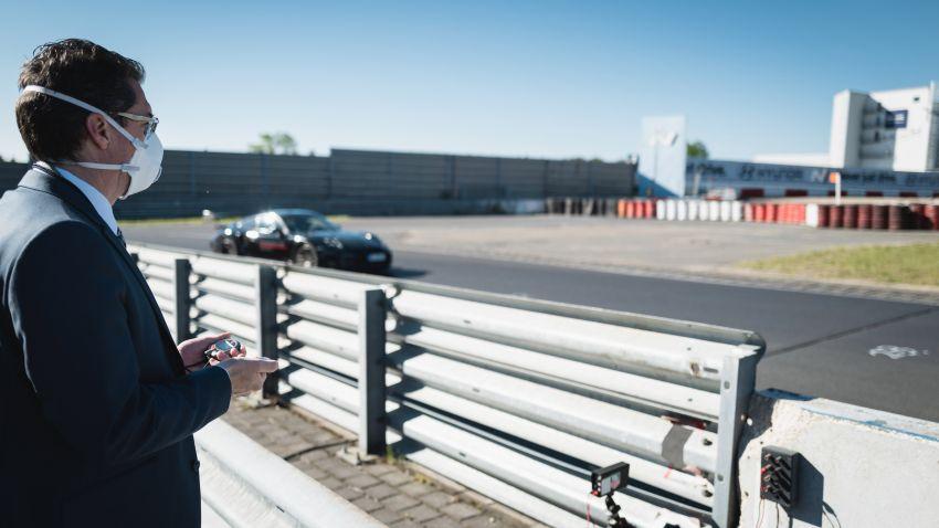 Porsche 911 GT2 RS dengan Manthey Performance Kit kini kereta produksi terpantas di Nürburgring – 6:43.3! Image #1311720