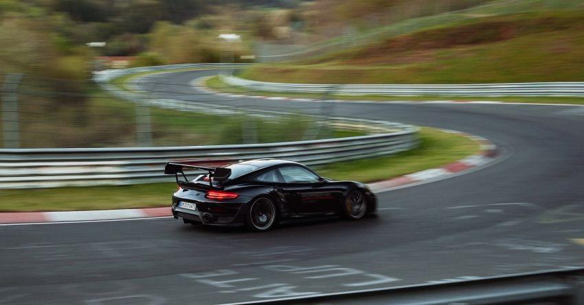 Porsche 911 GT2 RS dengan Manthey Performance Kit kini kereta produksi terpantas di Nürburgring – 6:43.3! Image #1311717