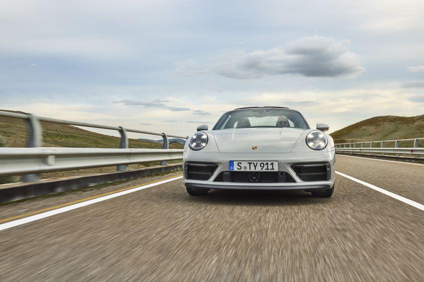 Porsche 911 992 GTS diperkenal – kuasa 480 PS dan 570 Nm, pakej Lightweight Design kurangkan 25 kg Image #1310929