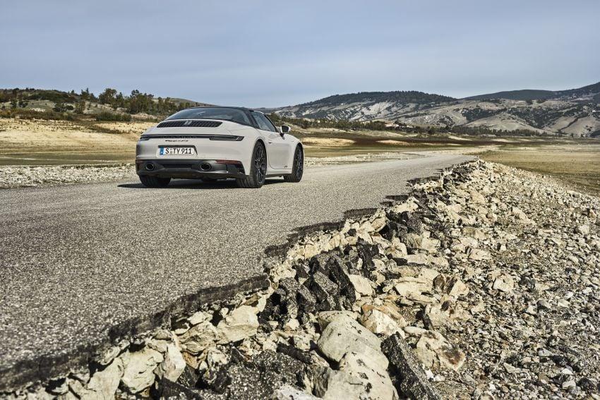 Porsche 911 992 GTS diperkenal – kuasa 480 PS dan 570 Nm, pakej Lightweight Design kurangkan 25 kg Image #1310919