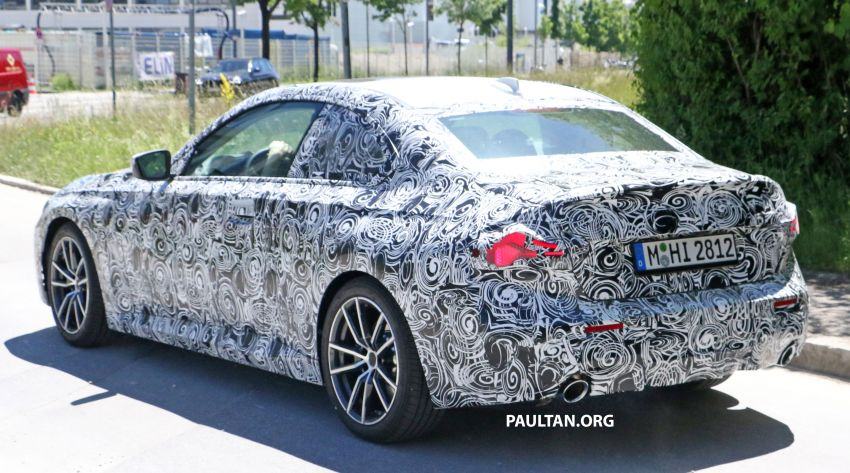 SPYSHOTS: 2022 BMW 2 Series Coupe with less camo Image #1311844