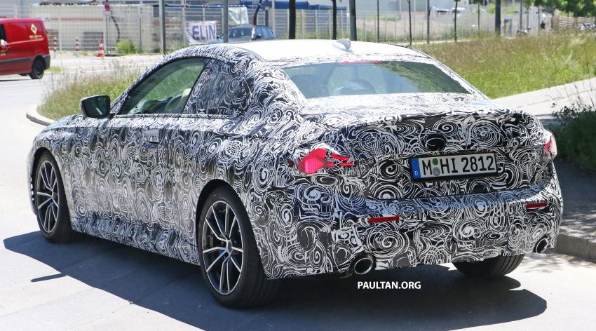 SPYSHOTS: 2022 BMW 2 Series Coupe with less camo Image #1311845