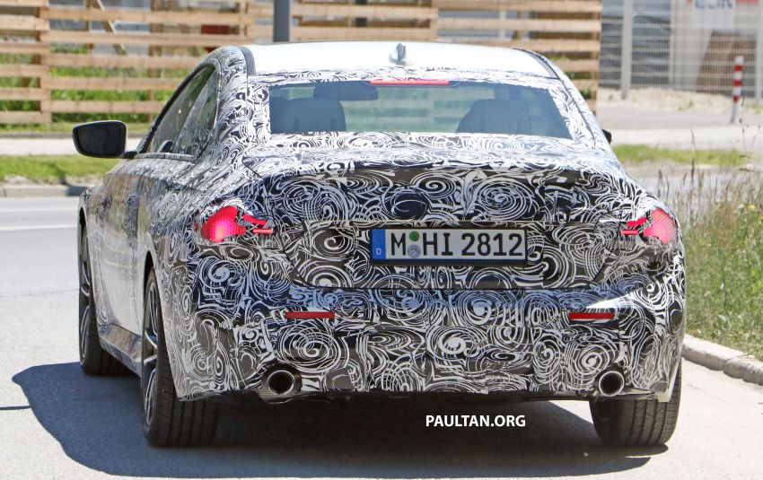 SPYSHOTS: 2022 BMW 2 Series Coupe with less camo Image #1311847
