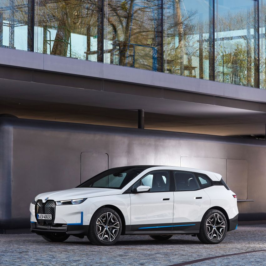 BMW iX fully detailed – power, range bumped slightly to up to 523 PS, 630 km; new M60 with over 600 PS Image #1301725