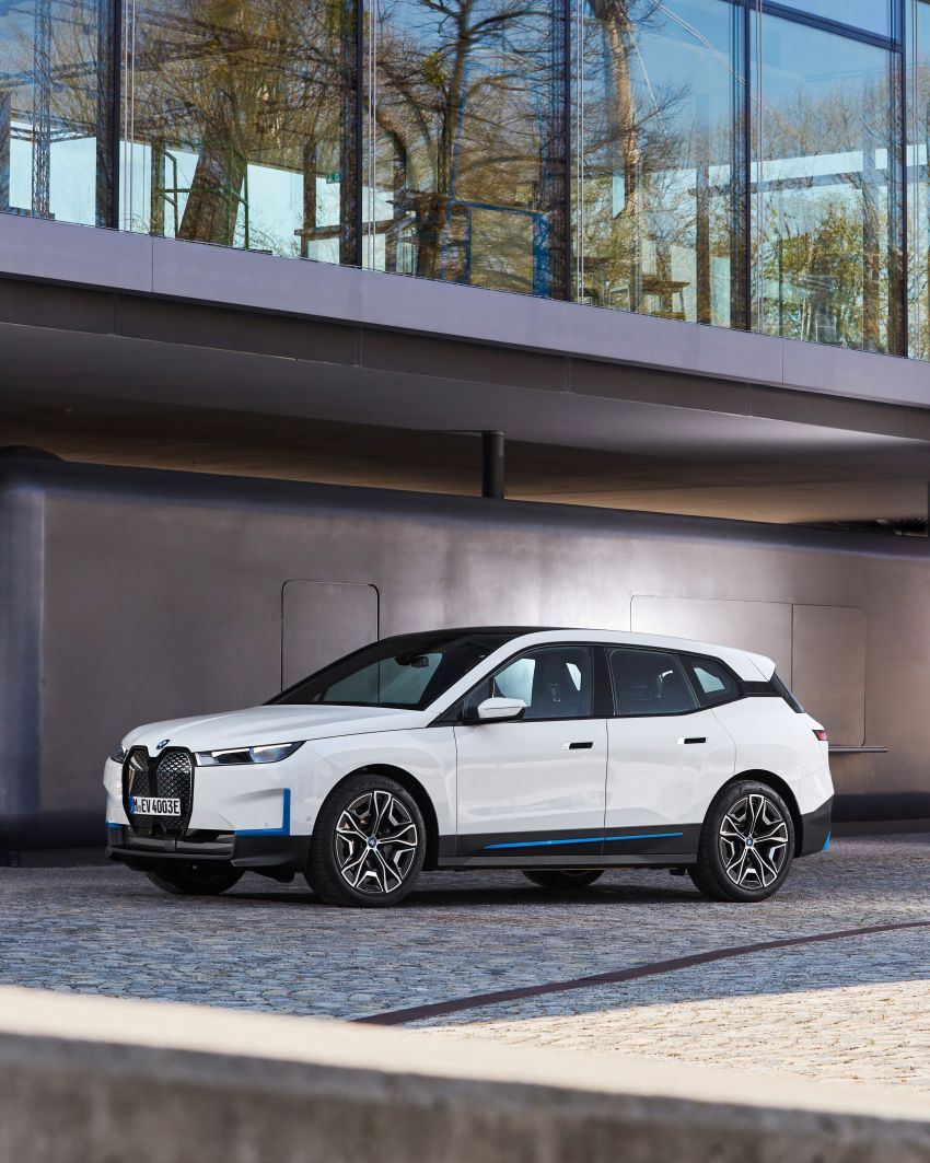 BMW iX fully detailed – power, range bumped slightly to up to 523 PS, 630 km; new M60 with over 600 PS Image #1301726