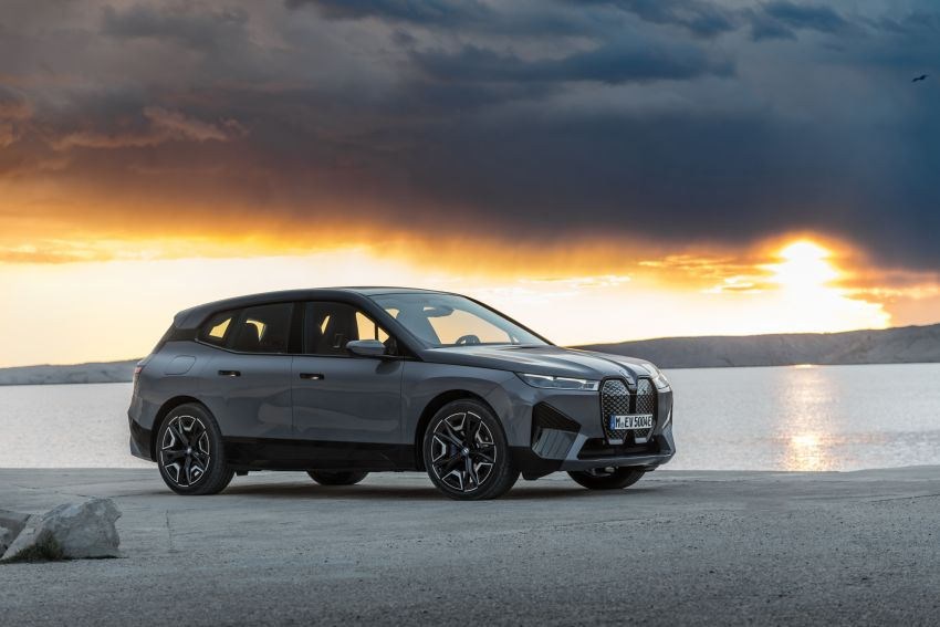 BMW iX fully detailed – power, range bumped slightly to up to 523 PS, 630 km; new M60 with over 600 PS Image #1301859