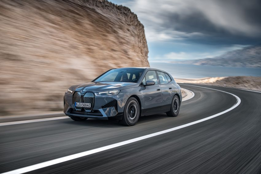 BMW iX fully detailed – power, range bumped slightly to up to 523 PS, 630 km; new M60 with over 600 PS Image #1301873