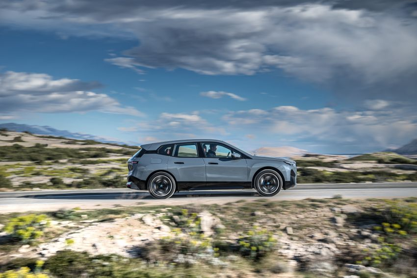 BMW iX fully detailed – power, range bumped slightly to up to 523 PS, 630 km; new M60 with over 600 PS Image #1301884