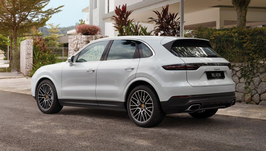 AD: Porsche Cayenne Premium Package – blending sports car performance with the practicality of an SUV Image #1305867