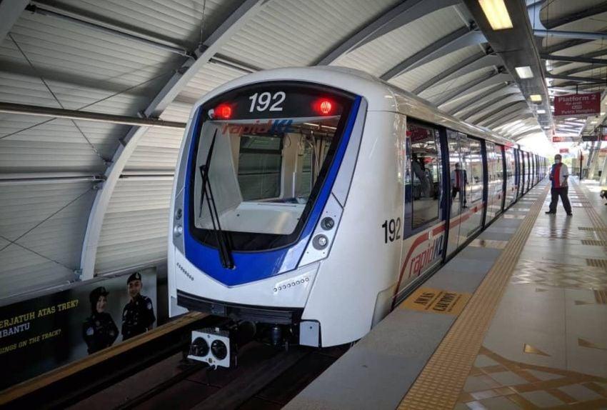 LRT Kelana Jaya Line gets 27 new train sets worth RM1.7b, two of the KLAV27 four-car units now running Image #1312759