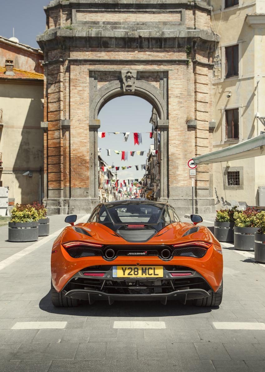 New McLaren Artura in Azores Orange to debut in Italy Image #1304823