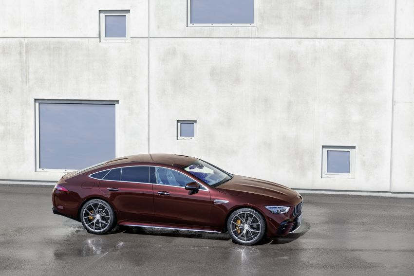 Mercedes-AMG GT 4-Door Coupé facelift revealed with minor aesthetic, kit upgrades – V8 models coming later Image #1307302