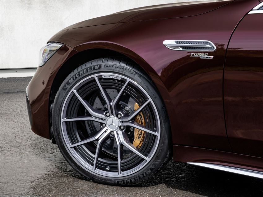 Mercedes-AMG GT 4-Door Coupé facelift revealed with minor aesthetic, kit upgrades – V8 models coming later Image #1307304