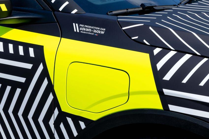 Renault Megane E-Tech Electric pre-production car shown; 217 hp motor, 60 kWh battery; 450 km range Image #1304217