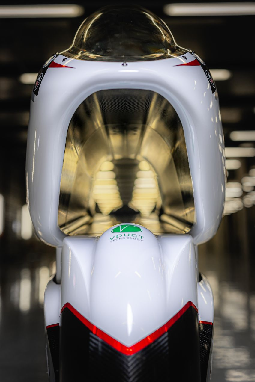 White Motorcycles aims for e-bike land speed record Image #1311422