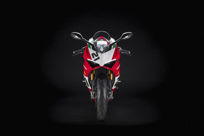 2021 Ducati Panigale V2 Bayliss celebrates 20th anniversary of Troy Bayliss' WSBK championship Image #1322330