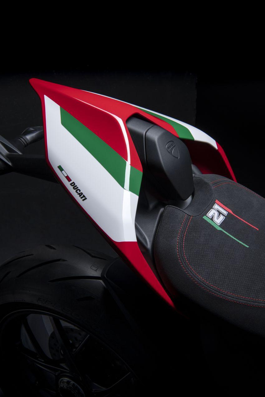 2021 Ducati Panigale V2 Bayliss celebrates 20th anniversary of Troy Bayliss' WSBK championship Image #1322316