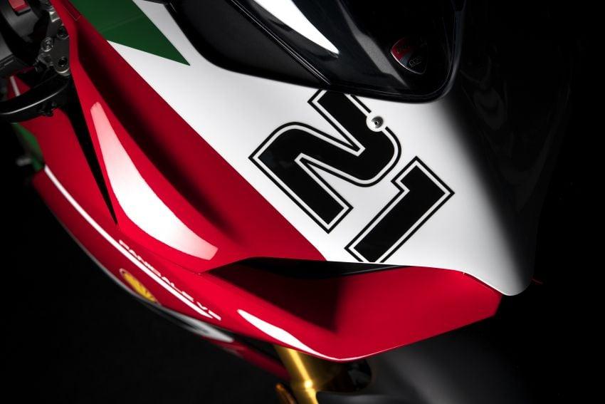 2021 Ducati Panigale V2 Bayliss celebrates 20th anniversary of Troy Bayliss' WSBK championship Image #1322334