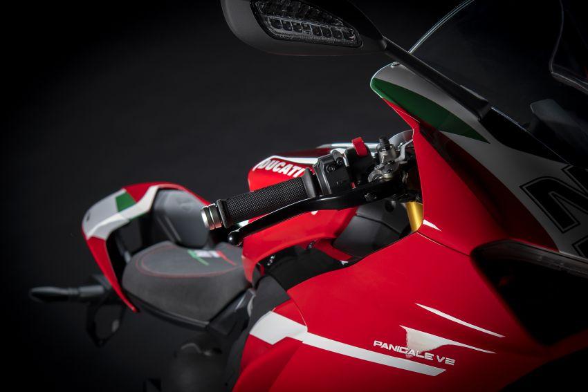 2021 Ducati Panigale V2 Bayliss celebrates 20th anniversary of Troy Bayliss' WSBK championship Image #1322335