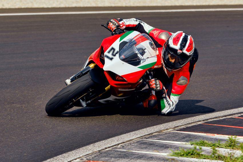 2021 Ducati Panigale V2 Bayliss celebrates 20th anniversary of Troy Bayliss' WSBK championship Image #1322349