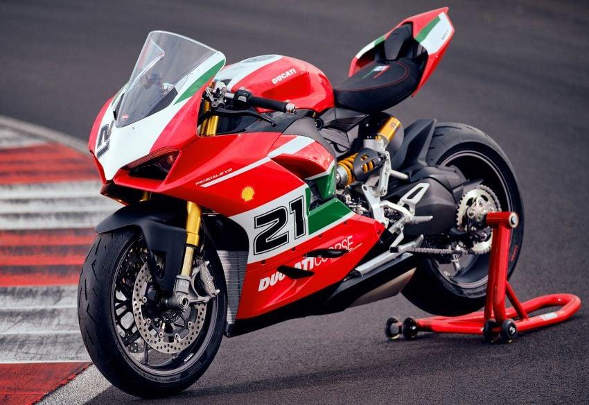 2021 Ducati Panigale V2 Bayliss celebrates 20th anniversary of Troy Bayliss' WSBK championship Image #1322353