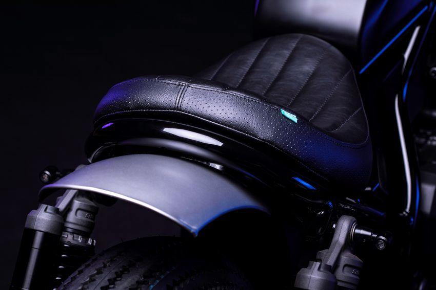 FCR Original transforms the Honda CMX1100 Rebel Image #1318201